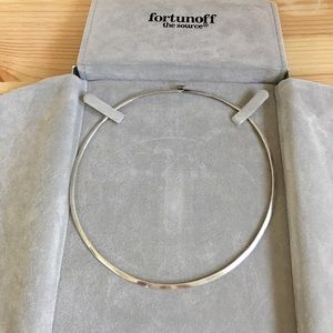 Jewelry - Silver Collar Necklace